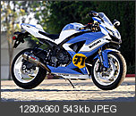 Threadul cu  Wallpapere-2007-suzuki-gsx-r750.jpg