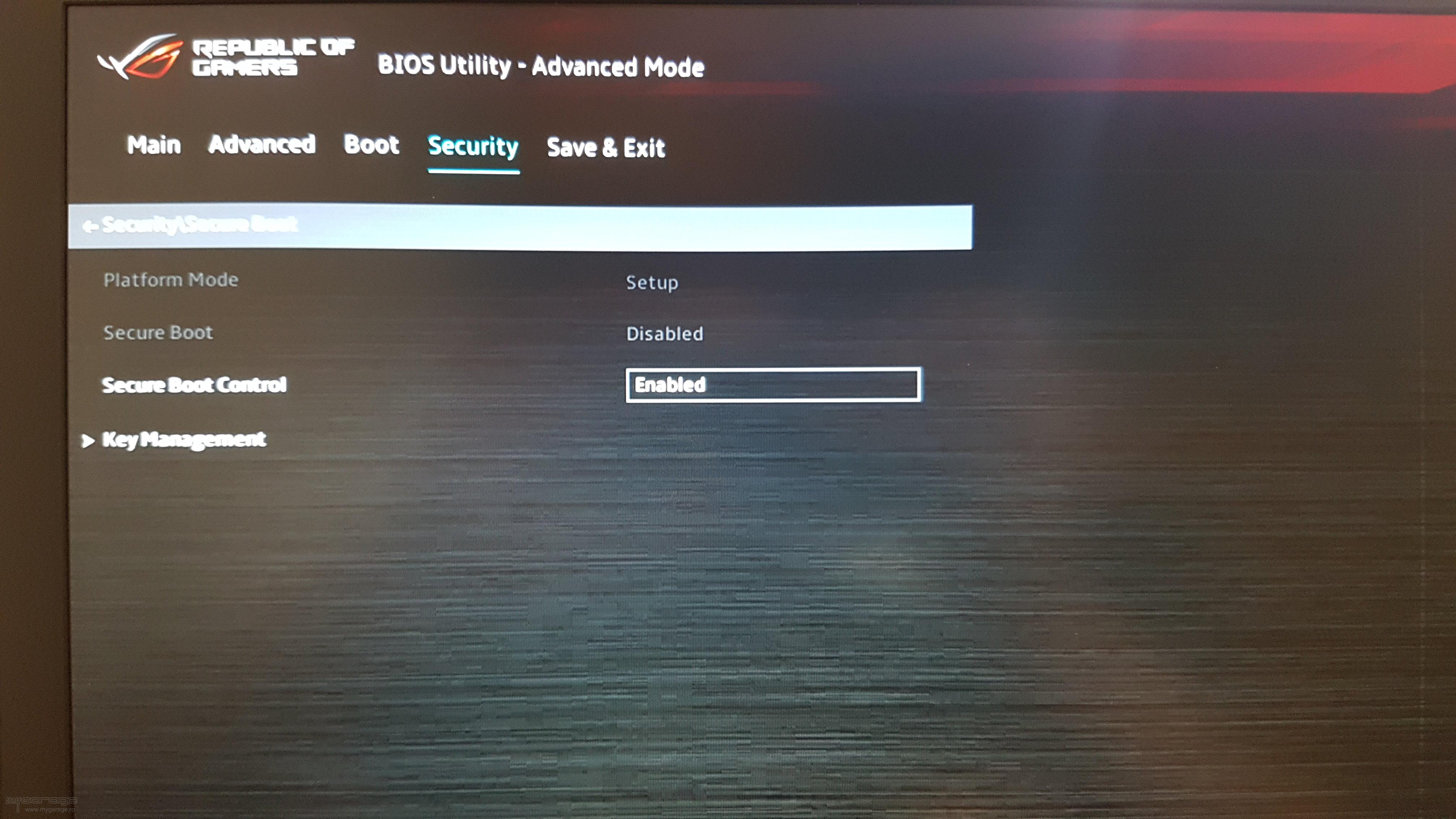 Boot ASUS ROG GL703GE, BIOS Version: 305
