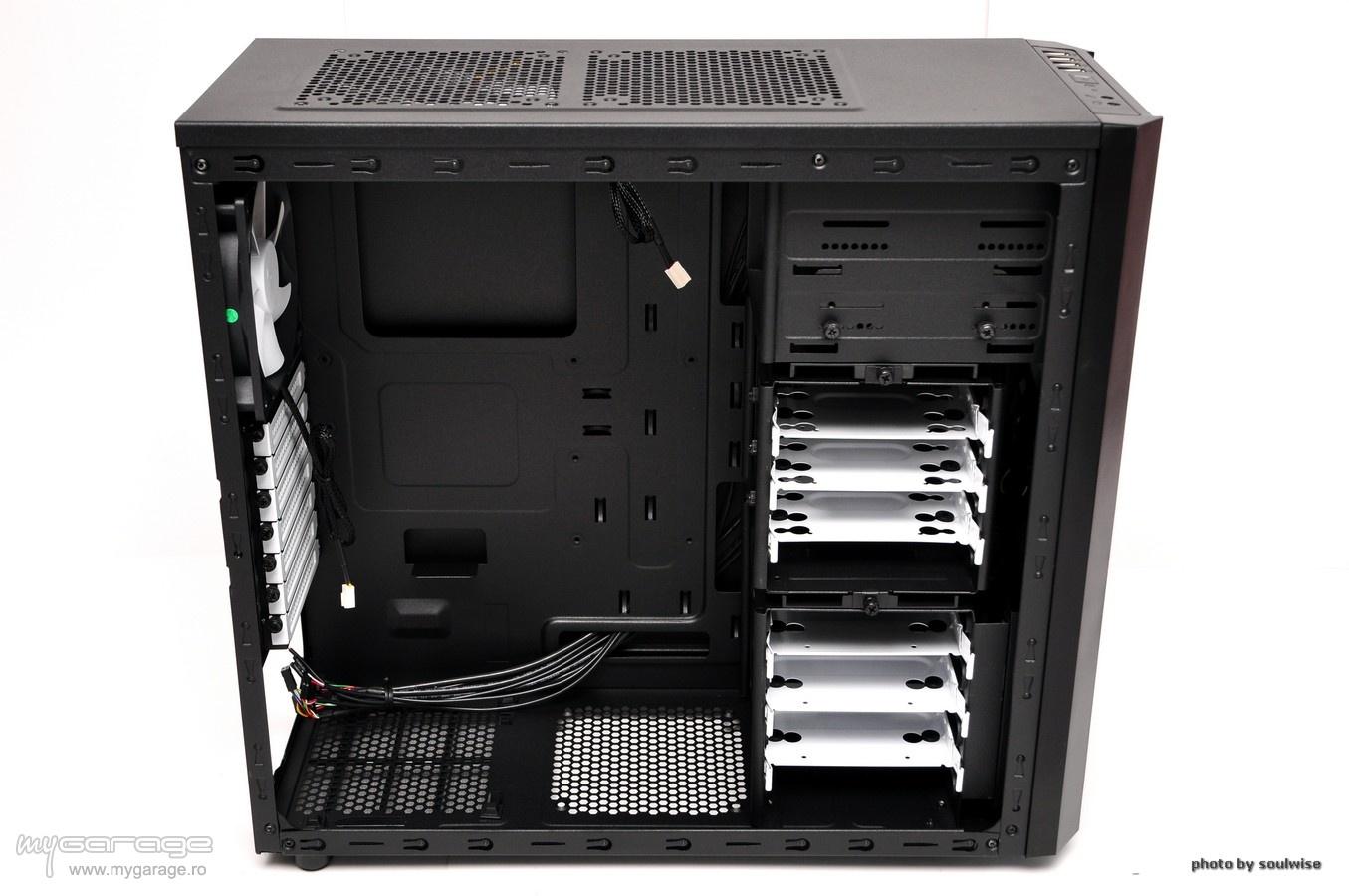 Review Carcasa Fractal Design Core 3000
